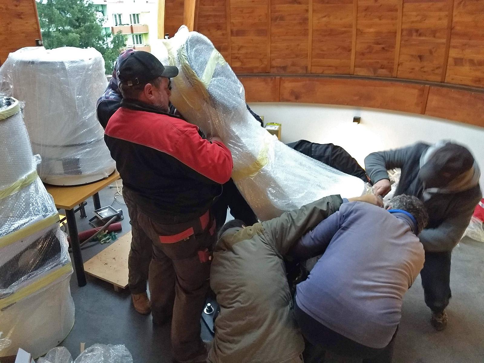 nasazování 80kg polovidlice na rybinu