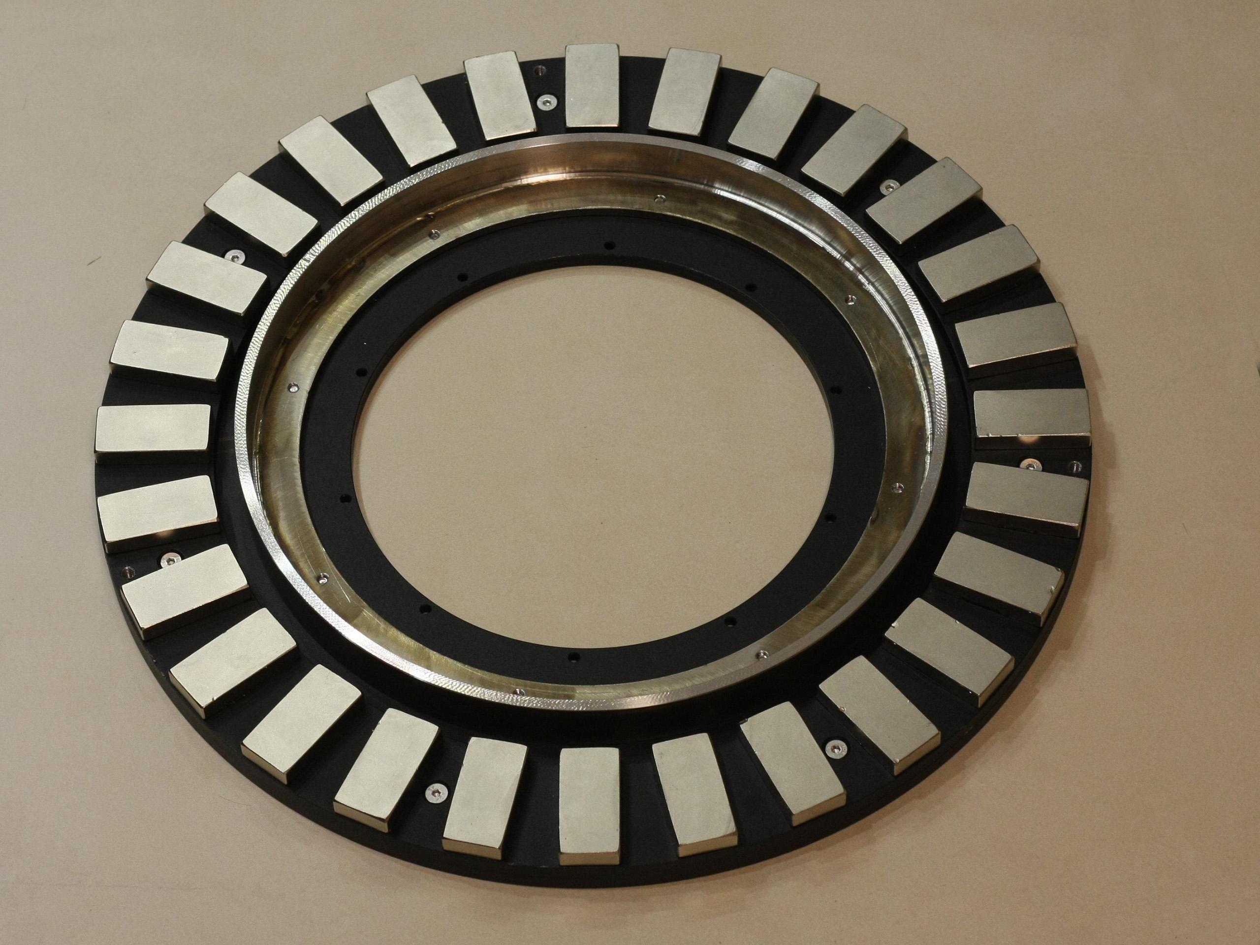 rotor DE osy, magnety a brzdový buben